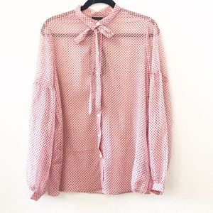 Who What Wear Pink Printed Shear Bow Shirt NWT Med